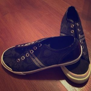 🆕Ladies/Girls Coach Sneakers